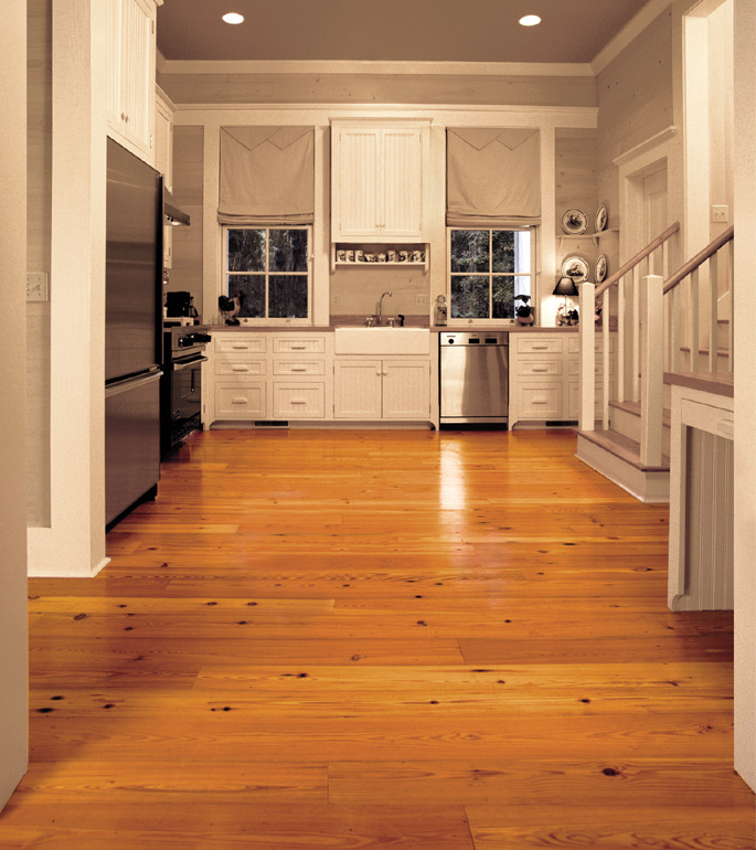 Antique Reclaimed Heart Pine solid wood flooring in a contemporary kitchen - Southern Wood Floors: Antique Reclaimed Heart Pine Solid Wood Flooring